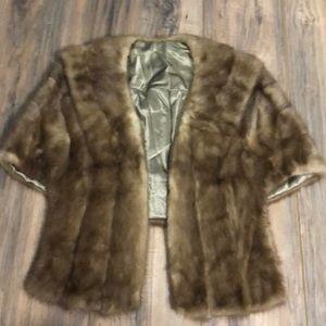 Beautiful mink caplet sz S/M real fur